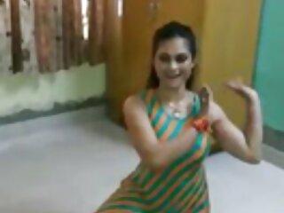 সুন্দর, পাতলা, তরুণ বাঙালি সেক্সি ভিডিও