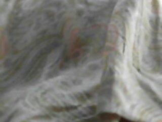 ভাই সেক্স বাসর রাতের সেক্সি ভিডিও প্রসারিত, বোন টানা তাকে আটকে গাজর